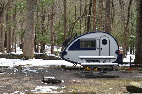 Campsite B27 at Cade's Cove Campground